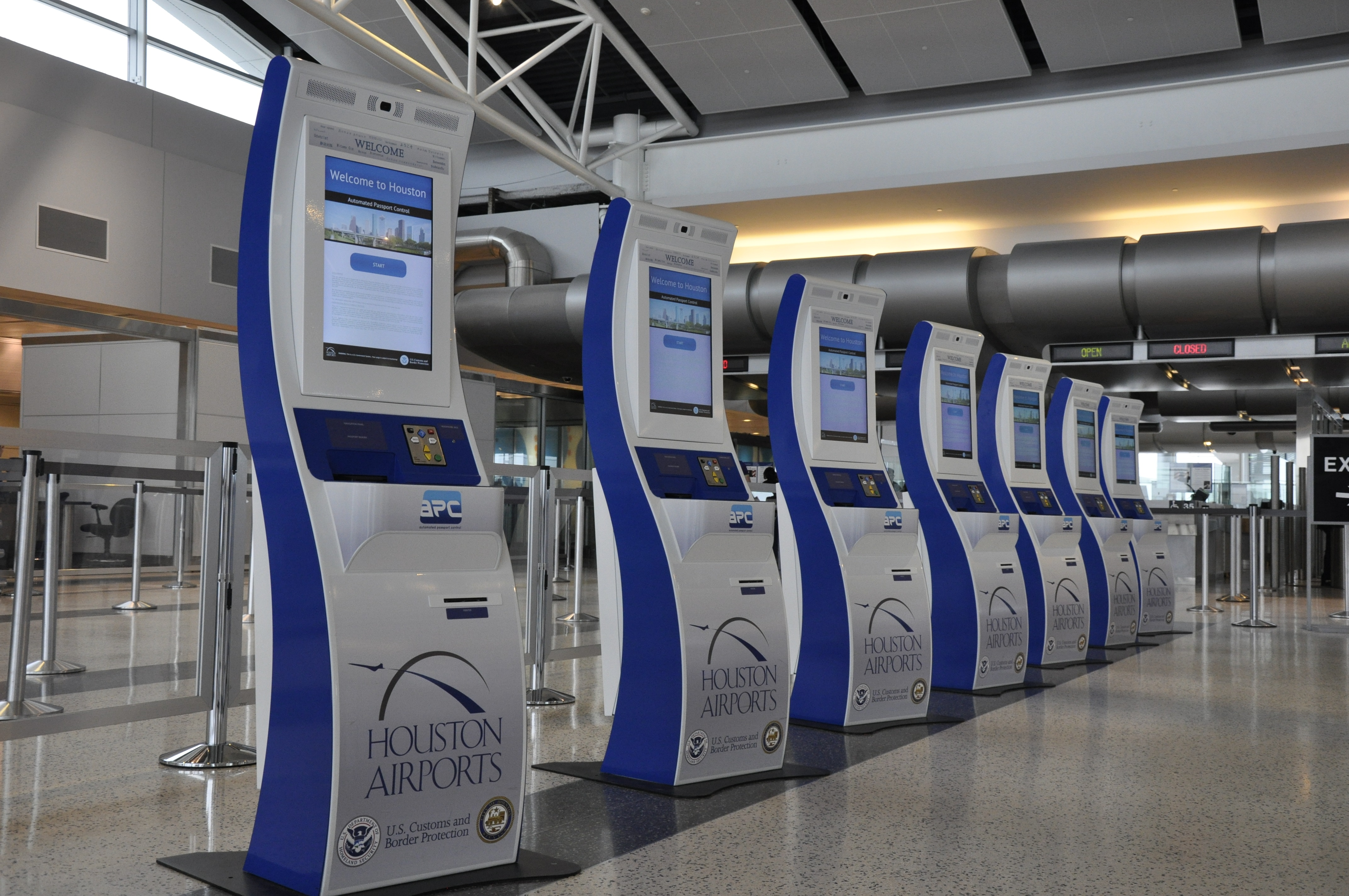 Houston Airport Cbp Bring New Technology To George Bush